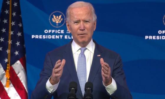 """""""La violencia armada es una epidemia"""": Biden"""