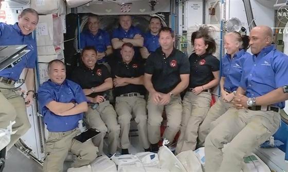 Misión de Nasa y Space X llega a la Estación Espacial Internacional
