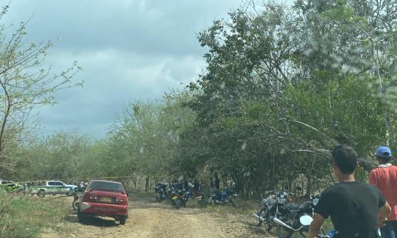 Asesinan a dos mototaxistas en una trocha de Juan de Acosta