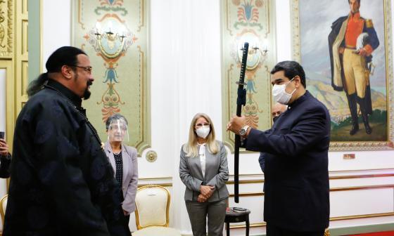 Steven Seagal visita Caracas