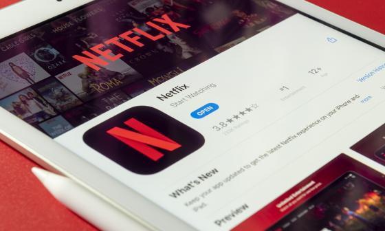 Conoce los 'códigos secretos' de Netflix para acceder a películas y series ocultas