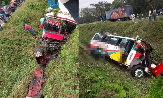 Bus de pasajeros sufrió aparatoso accidente llegando a Montería