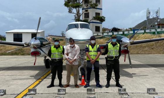 Incautación de avioneta con cocaína enreda a esposo de Alejandra Azcárate
