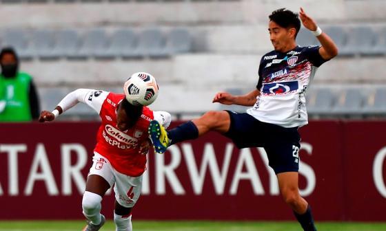 Santa Fe vs. Junior, en Ambato, por la Copa Libertadores