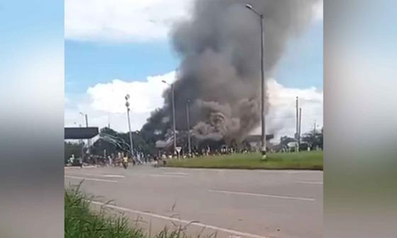 Incineran peaje del municipio de Villa Rica, en Cauca