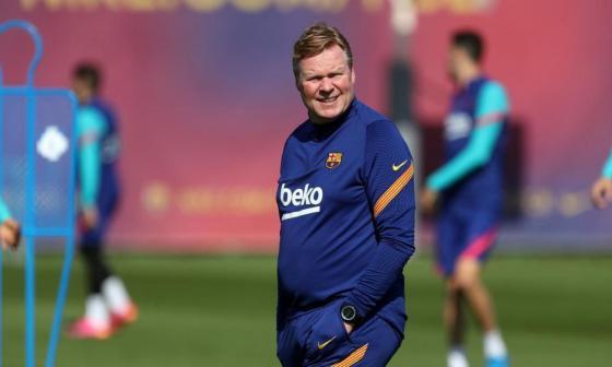 Koeman sigue como director técnico del Barcelona