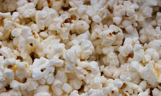 Cine Colombia reabre sus salas regalando crispetas