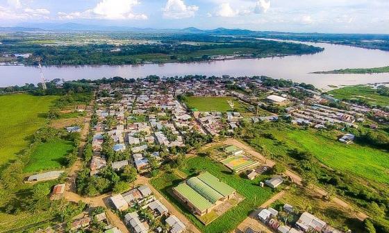 Inspeccionan trabajos de mitigación de inundaciones en la Mojana
