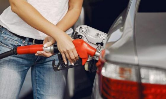 Senado aprueba sobretasa a la gasolina