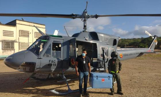 Fuerza Aérea transportó las vacunas de una sola dosis a la Alta Guajira