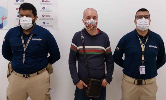 Capturan en Cartagena a europeo que tenía circular roja de Interpol