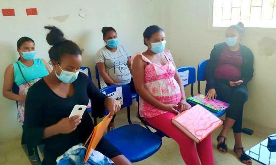 Poca afluencia de gestantes a la vacunatón contra la covid-19 en Sucre