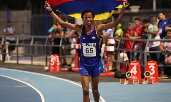 Carlos Sanmartín abre la senda del atletismo colombiano en Tokio