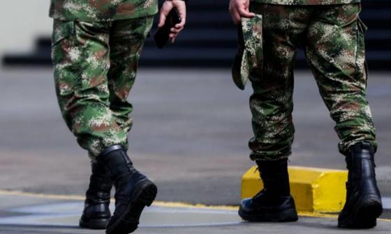 Condenan a siete militares por violación a menor embera