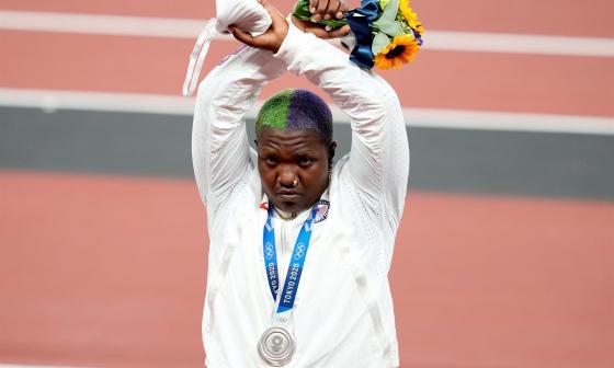 Muere la madre de la subcampeona olímpica de peso Raven Saunders