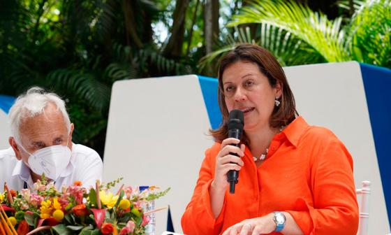 Ministra de Comercio da luz verde a regreso de cruceros a Colombia