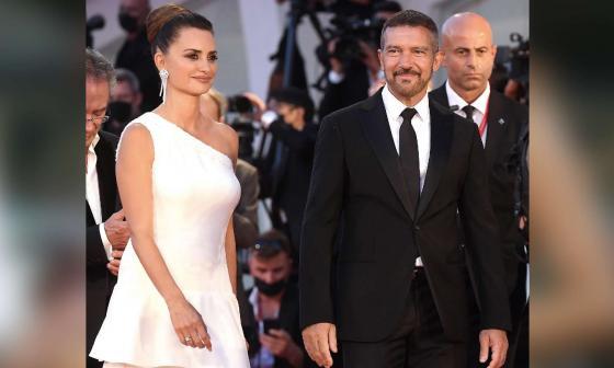 Antonio Banderas personifica a un actor machista y arrogante en 'Competencia oficial'