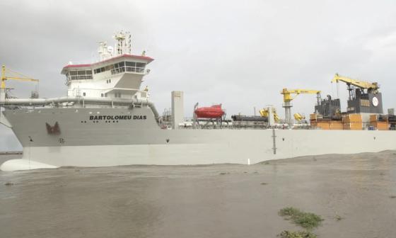 Draga Bartolomeu Dias ha removido más de 187.000 metros en Bocas de Ceniza