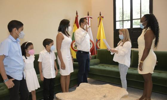 Nuevo rector de Uniatlántico toma posesión ante gobernadora Noguera
