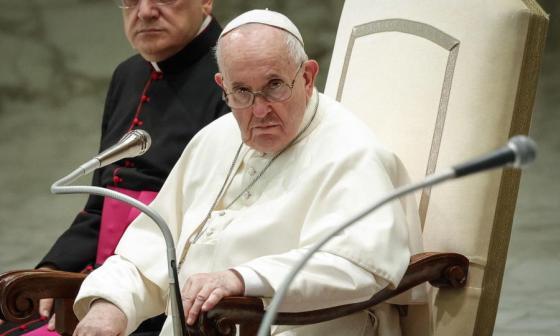 El papa propone nuevamente cambiar el sistema socioeconómico actual