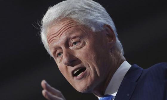 Bill Clinton se recupera de su infección y es dado de alta