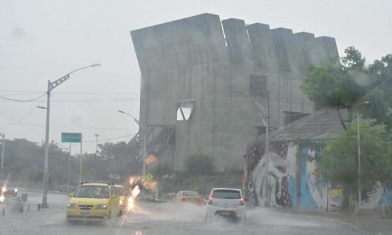 Imágenes de la tormenta eléctrica que golpea a Barranquilla