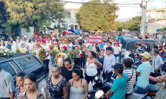Seguidores dan el último adiós a Carlos Zambrano, excandidato a Alcaldía de Baranoa