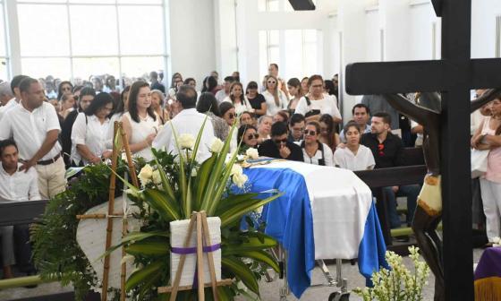 Así despiden familiares y amigos a joven barranquillera Valentina González