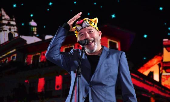 Así fue la presentación de Rubén Blades en la coronación de Isabella