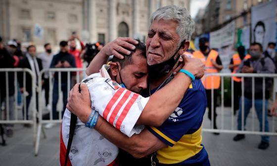 En imágenes   El mundo lamenta la muerte de Maradona