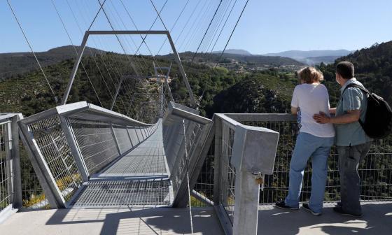 Portugal tiene el puente peatonal colgante más largo del mundo