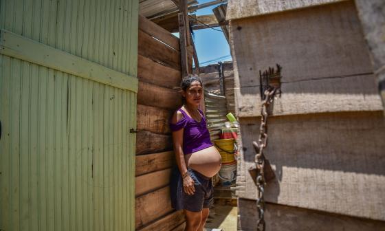 galería de fotos: La 'Villa Caracas' porteña forjada a punta de desechos de madera