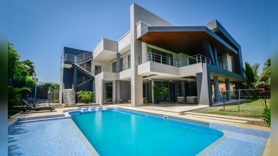 Una casa campestre familiar con un aire contemporáneo