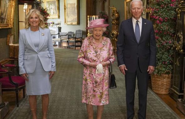 Reina Isabel recibió a Biden y la primera dama para tomar el té en el castillo de Windsor