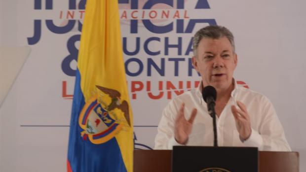 El presidente Juan Manuel Santos durante su intervención en el foro en Cartagena.