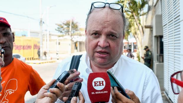 Jorge Enrique Vélez en su diálogo con EL HERALDO y otros medios de comunicación.