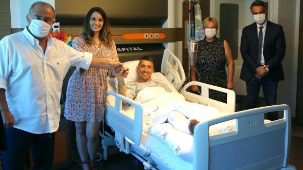 Fernando Muslera junto a sus familiares.
