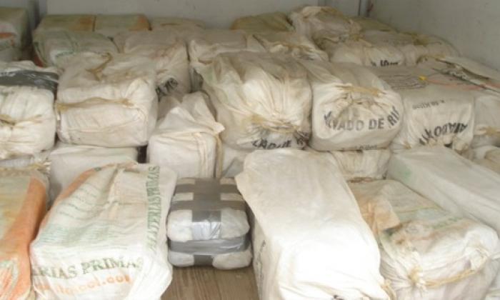 Policía Antinarcóticos y la DEA incautan 1.450 kilos de cocaína