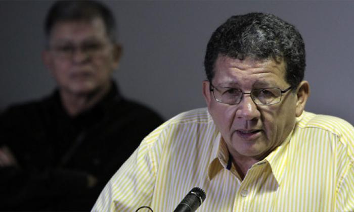 Pablo Catatumbo leyó el comunicado desde La Habana.
