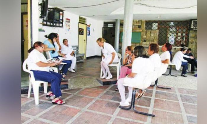 Sigue emergencia en Ovejas por parálisis de hospital local