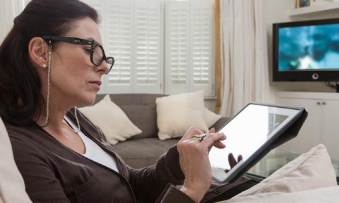 81% de los colombianos ve TV y usa Internet al tiempo