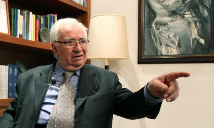 Belisario Betancur presidente de la República (1982-1986) cuando ocurrió la avalancha.