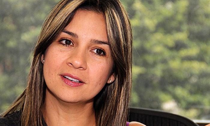 RCN Radio acepta la renuncia de Vicky Dávila