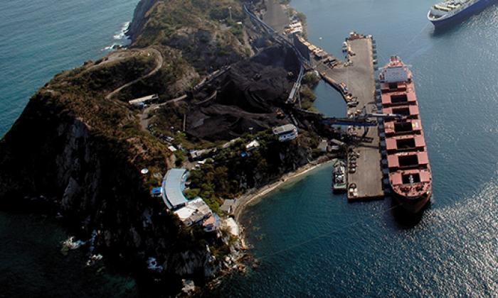Exportaciones colombianas mantienen tendencia a la baja