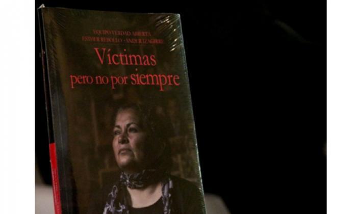 La triste memoria del conflicto colombiano se reúne en libro con dos miradas