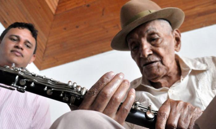 La lucha de Juan Madera para recuperar el clarinete de su 'Pollera colorá'