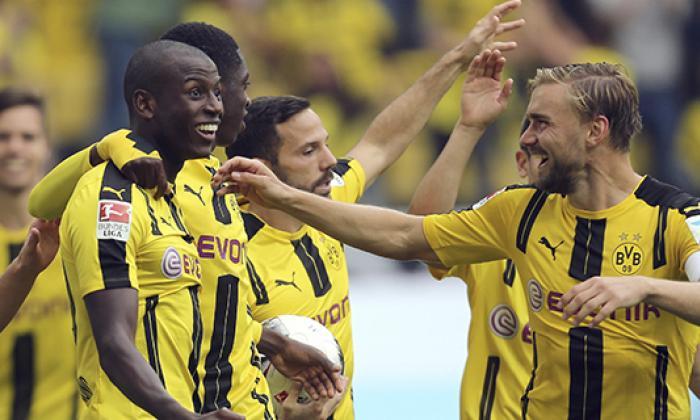 Con gol y dos asistencias, Adrian Ramos aportó en la goleada del Dortmund ante el Darmstadt