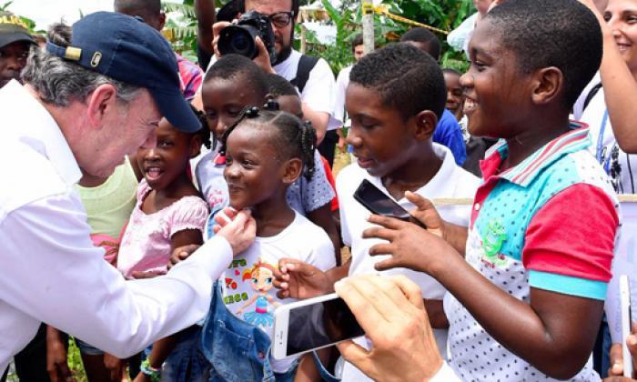 Santos dona a las víctimas los casi $3.000 millones del Nobel de la Paz
