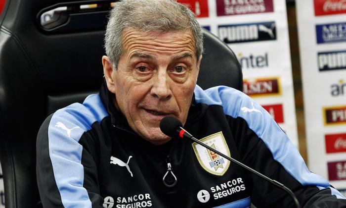 """Vamos a tratar de controlar a Chile en su casa"": Tabárez"