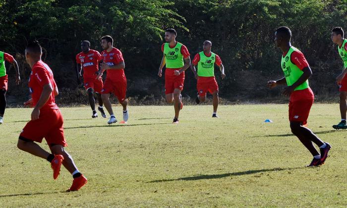 La defensa de Junior, a avivarse ante Carabobo